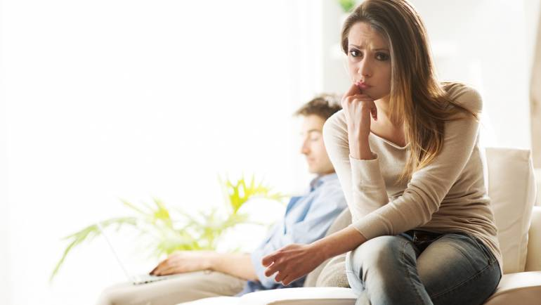 Jij wil verder met de relatie en je partner twijfelt erover